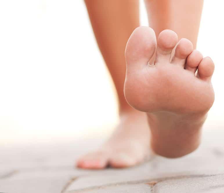 svullen under foten