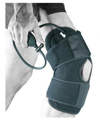 NovaCool knäskydd med kyla och kompressionspump och manchett mot svulland och smärta i knä.